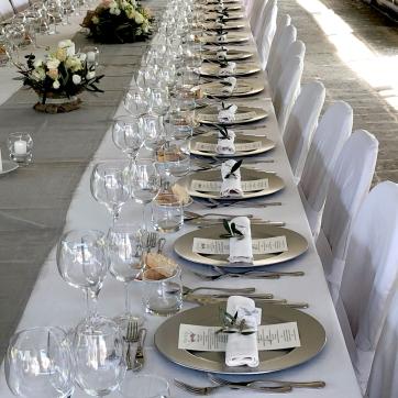 Il meraviglioso tavolo imperiale del'Azienda agricola Etruscaia